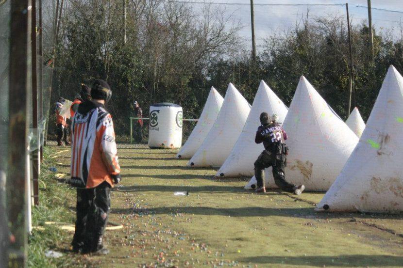 une equipe de paintball en compétion en normandie